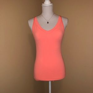 NWOT ACTIVE old navy workout tank. size medium